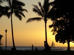 481920_waikiki_beach_sunset